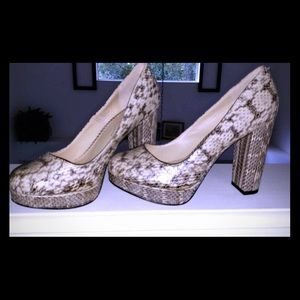 Kenneth Cole Snakeskin Pumps